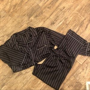 Victoria's Secret satin striped pajamas size L